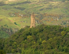 Wallace Monument at Abbey Craig (joeng) Tags: uk scotland landscape places plants tree stirling castle stirlingcastle people mountain flower wallacemonument