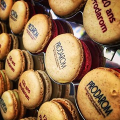 [\] . Ain't no party like a macaron-enhanced party. 🎉 . #work #grasse #prodarom #prodarom120 #france #reception #cocktail #fragrance #perfume #perfumery #food #instafood #foodporn #promo #sweet #macaron #macarons #whatimeating #sweettreat #diagonal # (daveoleary) Tags: ain't no party like macaronenhanced 🎉 work grasse prodarom prodarom120 france reception cocktail fragrance perfume perfumery food instafood foodporn promo sweet macaron macarons whatimeating sweettreat diagonal diagonals diagonalley cornertocorner chocolate raspberry photooftheday