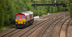 9Y0A4577 (kevaruka) Tags: tupton bridge derbyshire chesterfield erewash countryside summer 2018 june colour colours england class 56 50 20 grid hoover choppers 56103 canon eos 5d mk3 70200 f28 is mk2 ef100400 f4556l 5d3 5diii telephoto rail network heritage historic locomotive composition outdoors yellow grey orange blue railway flickr thephotographyblog front page railroad tree train forest car