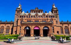 Kelvingrove Museum in Summer