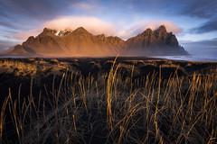 Stokksnes Instant (Arnaud Grimaldi) Tags: stokksnes iceland islande black sand beach sunrise sunset vestrahorn stocksness