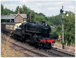43106 leaving Highley Station