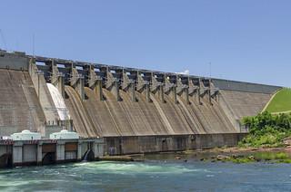 Gate 1 Open Hartwell Dam