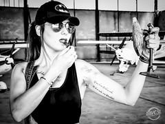 faça da sua vida um sonho e de um sonho uma realidade (davcsl) Tags: bw blackwhite biancoenero davcsl europe france fille gard ink languedocroussillon monochrome monotones model noiretblanc noiretblancblackwhite nimes nb nîmes occitanie people portrait southoffrance tatoo tatou tattoo tatouage woman women maquillage casquette mécanique mecanic avion airplane rougeàlèvre retrovisueur