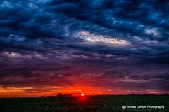 Sunsetting over Illinois (Thomas DeHoff) Tags: illinois sunset clouds rural sony a77 ii