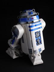 DSCN0982 (fnxrak) Tags: lego star wars starwars fnxrak r2d2 rc powerfunctions power functions
