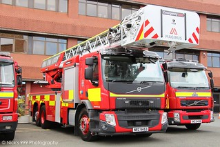 Northern Ireland Fire & Rescue Service / NRZ 9453 / Volvo FE / Turntable Ladder