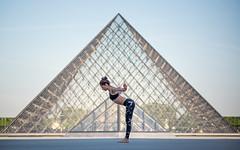 (dimitryroulland) Tags: nikon d600 85mm 18 dimitryroulland yoga yogi louvre paris france natural light city urban street architecture performer art artist