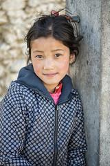 Portrait of a girl in the village of Laya - Gasa District - Snowman Trek - Bhutan (PascalBo) Tags: nikon d500 asie asia southasia asiedusud drukyul drukgyalkhap bhutan bhoutan འབྲུག་ཡུལ། འབྲུག་རྒྱལ་ཁབ་ snowman trek trekking hike hiking lunana gasa himalaya himalayas jigmedorjinationalpark laya layap people kid child enfant girl fille portrait outdoor outdoors pascalboegli