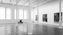 A Lonely Place (Sean Batten) Tags: london england unitedkingdom gb royalacademy blackandwhite bw europe nikon d800 1424 person candid city urban artgallery gallery