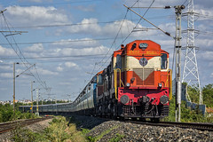 KZJ ALCO beauties lead SC - RJT Express (17018) (cyberdoctorind) Tags: ifttt 500px indian railways locomotives stations yards running ops alco wdm3a kazipet diesel loco shed