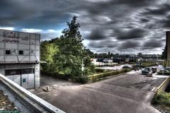 The surrounding of Mahoniehout. (PhotoTJH) Tags: phototjh phototjhnl hdr mahoniehout zaandam zaanstad roof dak urban street cloudy bewolkt
