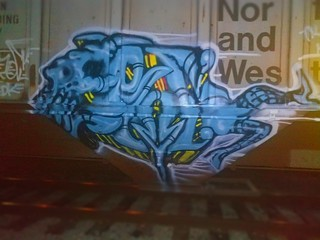 #benching #benchingfreights #knoxvillegraffiti #tennesseebench #knoxvillebench #train #traingraffiti #benchingtrains #metalhead #addictedtosteel #fr8 #benchingfr8 #erock #cdk