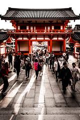 Yasaka Shrine Kyoto Japan (Gerald Ow) Tags: architecture shinto 神道 yasaka shrine 八坂神社 gion 祇園 kyoto 京都 japan 日本 sunset light people place worship geraldow fe 2470mm f28 gm gmaster sony ilce7rm2 full frame dslr