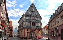 Miltenberg Zum Riesen (wernerfunk) Tags: architektur franken gebäude gasthaus