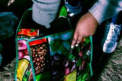 Os Arredores (Bernardo.Speck) Tags: sacolas maos hands price preço mantimentos arredores presídio central presídiocentral fotojornalismo fotodocumentário photography documentary portoalegre