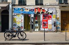 ... (Gabriel M.A.) Tags: fuji x100t 35mm f2 rangefinder paris france vélo bike bicycle dontbeadickbeaschmuck posters street f28