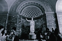(Selin_S) Tags: fujifilm france louvre museum sculpture monochrome marble beautiful building blackandwhite blackwhite amazing awsome art ancient architecture athena history harmony roman roof reflection perfect people fujifilmxt1 xt1 moment sculpt crowded rock capture daily decoration door dream travel paris indoor arch greek goddess pantheon archeologist