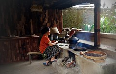 Coffee Roasting, Bali (scinta1) Tags: bali kintamani bangli ecotourism tea coffee tasting woman roasting dapur fire