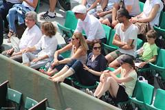 Pouille contre Norrie : une fraction du public (philippeguillot21) Tags: rolandgarros tennis public tribune spectateur spectatrice gradin pixelistes canon