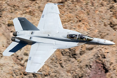 """United States Navy Boeing F/A-18F """"Super Hornet"""" (cjmoeser) Tags: pentax k3 aviation photography planespotting airline photos airplane united states navy usn vfa122 fighting eagles boeing fa18 f18 super hornet death valley california star wars canyon swc rainbow jedi transition sidewinder 165677"""