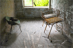 In the Pripyat Hospital (Aad P.) Tags: chernobyl чорнобиль pripyat припять ukraine україна sovietunion cccp nuclearpowerplant radioactivity radiation urbex urbexphotography exclusionzone hospital littlebedsforbabies
