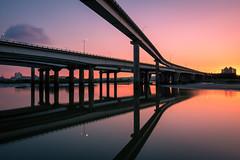 中興橋晚霞 - Sunset glow (basaza) Tags: 中興橋 canon 760d 龍山河濱公園 nd1000