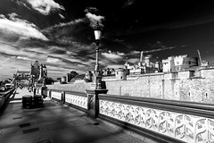 Tower of London (Derwisz) Tags: toweroflondon towerbridge castle thetower historic blackwhite blackandwhite london england unitedkingdom uk canon canoneos40d