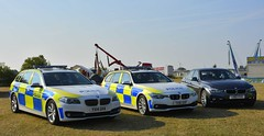 Roads Policing Units (S11 AUN) Tags: humberside police bmw 530d 330d touring xdrive saloon unmarked anpr traffic car rpu roads policing unit 999 emergency vehicle yx14gha yx16gxf