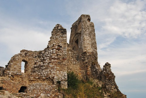 čachtický hrad36
