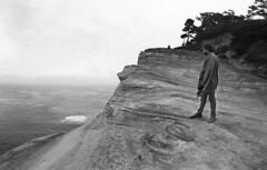 (SamBHart) Tags: nikonfm2 35mmfilm bw bwfilm blackandwhite 24mmlens nikkor autobiographical capekiwanda oregon statepark oregoncoast coast ocean overcast foggy cliffs