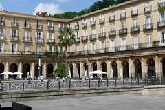 P1010230 (FAJM) Tags: bilbao espana basque euskadi spain paisvasco plazanueva