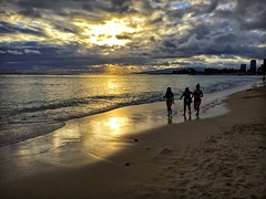 Sunset: Ft. DeRussy (jcc55883) Tags: sunset sand reflection shoreline shore beach sky clouds honolulu hawaii oahu waikiki alamoanaarea ipad silhouette ftderussybeach
