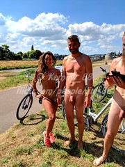 IMG_20180707_151354_1w (Kernow_88) Tags: exeter world worldnakedbikeride wnbr naked nature nude nudity bike biking bikes ride exeternakedbikeride exeternakedcycleride earth enviroment protest nakedprotest safety cycling cyclist cyclists cycle july 2018 devon uk britain bluesky crowd crowds city centre center central clearsky day dayout england fun greatbritain group outdoor out outside outdoors people public quay river sunny sunnyday summer sky view weather great water waterfront canal swim swimming skinny dip dipping skinnydip skinnydipping enjoy enjoyable