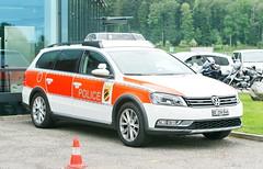 Volkswagen Passat Polizei 27.5.2018 0759 (orangevolvobusdriver4u) Tags: suisse archiv2018 2018 schweiz switzerland bleienbach vw passat polizei bern vwpassat variant polizeibern policecar police polizeiauto wagon estate