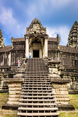 Steps leading up to the Second Gallery of the Angkor Wat Cambodia -31 (Yasu Torigoe) Tags: krongsiemreap siemreapprovince cambodia kh