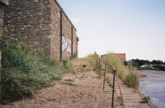The slipway before the Floating Harbour (knautia) Tags: riveravon bristol england uk july 2018 film ishootfilm olympus xa2 olympusxa2 kodak kodacolor 200iso nxa2roll34 river avon mud slipway graffiti lowtide
