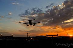 Sunset at ZRH (Mikesch.75) Tags: sun sunset aviation airplane airport runway zürich summer landscape aircraft nikon