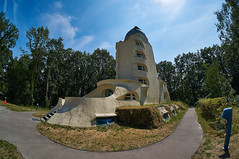 Albert Einstein Turm (Froschkönig Photos) Tags: alberteinsteinturm potsdam sonnenobservatorium nex5r sel16f28 vclecf1 fisheye fischauge 2018 keimfarben