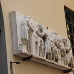 La Botteca Dell'Opera di Santa Maria del Fiore - Via dello Studio, Florence - sculpture on the wall thumbnail