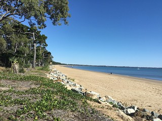 Hervey Bay. The beach at Torquay looking towards Pialba and Point Vernon.