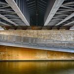 Unter der Brücke - HDR thumbnail