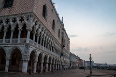 Ducal Palace in the Morning (theseBoetz) Tags: building medieval italy venice palazzoducale canals venezia morning blue dogalpalace palace museum dogespalace unesco sky gothic monuments clouds architecture italia sanmarcosquare piazzasanmarco dawn