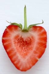 Strawberry heart (Pat's_photos) Tags: strawberry fruit heart hmm macromondays linesymmetry