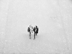 Talking (and walking) (drager meurtant) Tags: place square london walking talking people