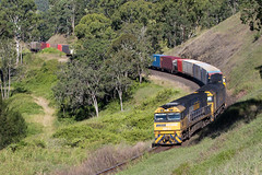 Through the Curves (PJ Reading) Tags: cargo goods freight locomotive diesel nrclass anclass pacnat pn pacificnational nsw newsouthwales australia queensland qld border northcoastline ncl northcoast melbourne brisbane sydney intermodal container superfreighter