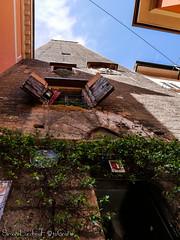 Torre Prendiparte - Bologna (frillicca) Tags: 2018 april aprile architecture architettura bologna medieval medievale panasoniclumixlx100 perspective piazzettaprendiparte prospettiva torre torreprendiparte tower