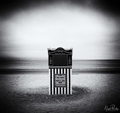WEYMOUTH 1 (Nigel Bewley) Tags: weymouth dorset england uk beach seaside holiday vacation punchandjudy booth entertainment sea sand sky cloud clouds blackandwhite blackwhite artphotography creativephotography unlimitedphotos outdoors summer june june2018 nigelbewley photologo amateurphotographer appicoftheweek anechoyear