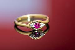Reflecting Ring 2 of 5 (johnhjic) Tags: johnhjic cw sellor studio flash white red blue w hamond whamond nikon d850 150mm macro gold diamond reflecting reflection ring jewellery