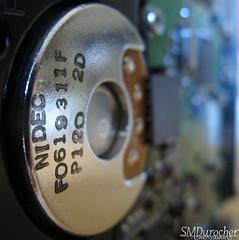 180708 InsideElec HardDrive5 c (SMD Pics) Tags: macro harddrive circle silver letters